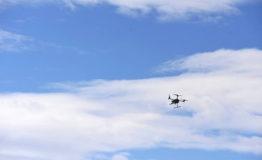 Droneille uusia rajoitteita, poliisi voisi jatkossa kaapata lennokin